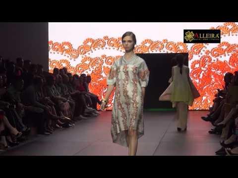 Alleira Batik Fashion Show at Plaza Indonesia Fashion Week 2017 - Seq 1