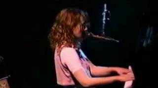 Tori Amos - The Doughnut Song Live