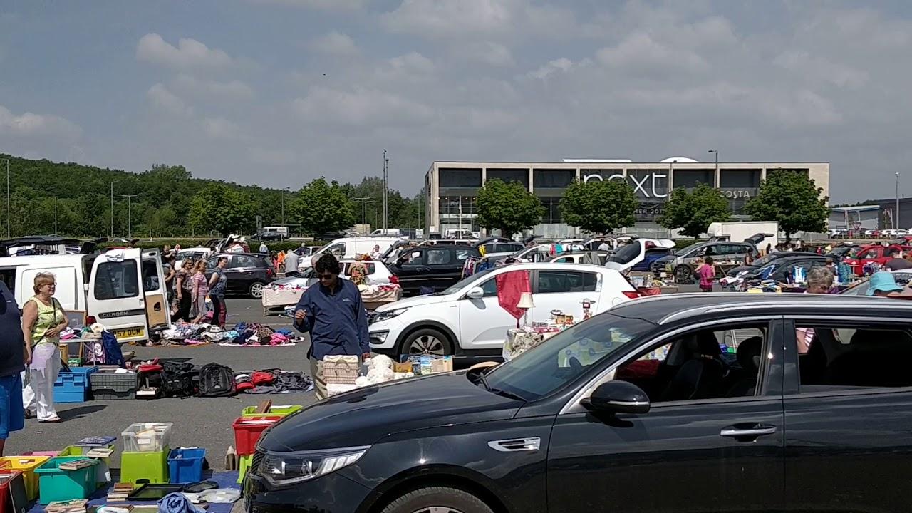 Busy Sunday Morning Car Boot Sale Macron Stadium Bolton 250 Stalls