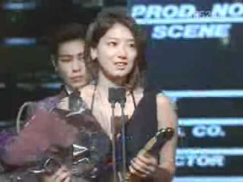 Park Shin Hye receives 47th PaekSang  Popularity Award (MV)