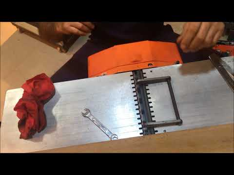 how to replace jointer knives