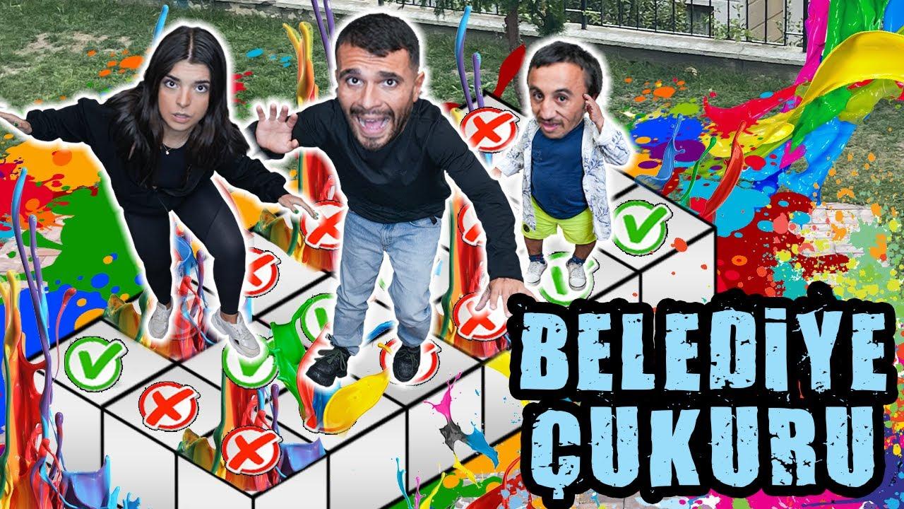 DOĞRU KUTUYU BULAMAZSAN KAYBEDERSİN ! (BELEDİYE ÇUKURU !) w/ @Eda Biçim & @Mesut Can Tomay