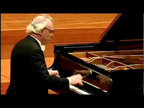 Beethoven Piano Sonata No.32 Op.111 -1mov(1/3) Alfred Brendel