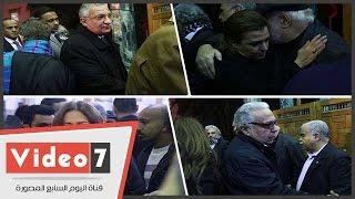 أحمد زكى بدر وليلى علوى وسيمون والعدل يقدمون واجب العزاء فى الشاعر الكبير سيد حجاب