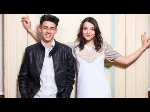 "Michele Perniola & Anita Simoncini - ""Chain Of Light"" (Full Song)"