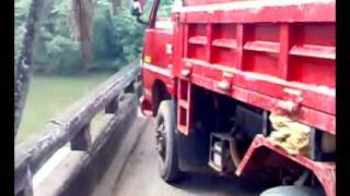Mahindra loadking video