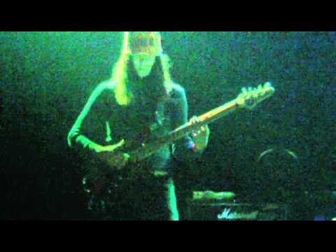Buckethead on the bass @ The Majestic 7 2011