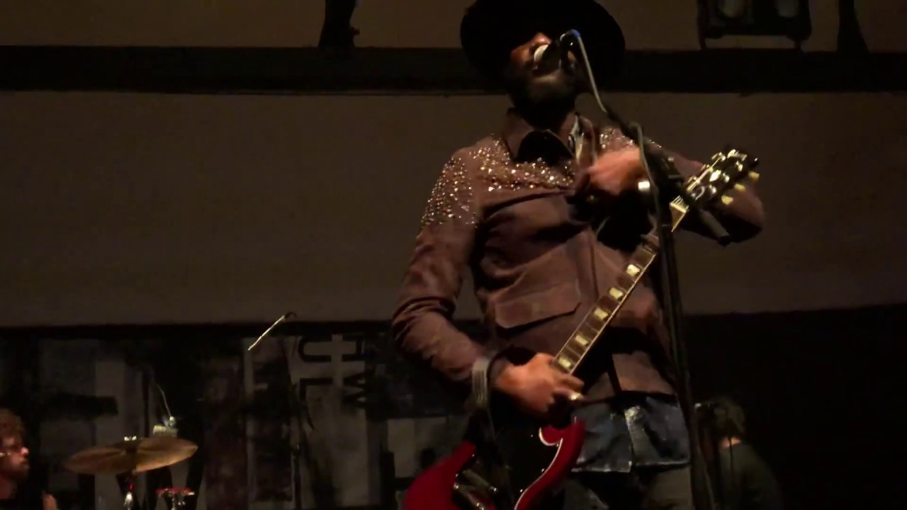 gary clark jr low down rolling stone cain s ballroom 2018 youtube. Black Bedroom Furniture Sets. Home Design Ideas