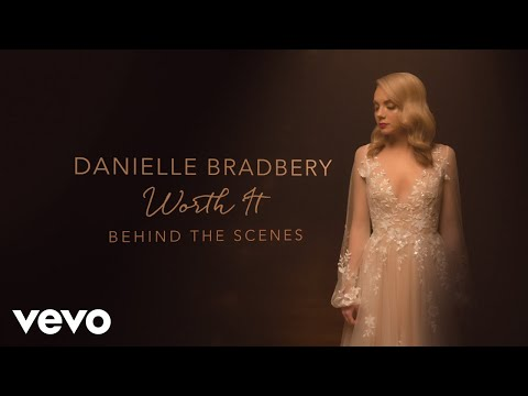 Danielle Bradbery - Worth It (Behind The Scenes)