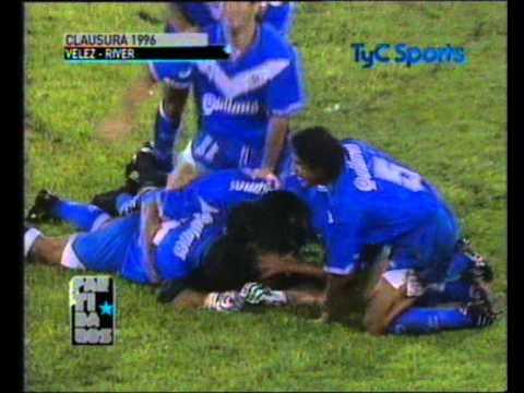 El histórico gol que Chilavert le hizo a Burgos en el Amalfitani cumple 20 años