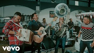 Calibre 50 - El Amor No Fue Pa´Mí (En Vivo) ft. Grupo Firme