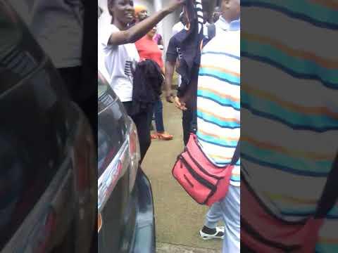 Naza a Abidjan a trace FM pour son concert le vendredi 7septembre