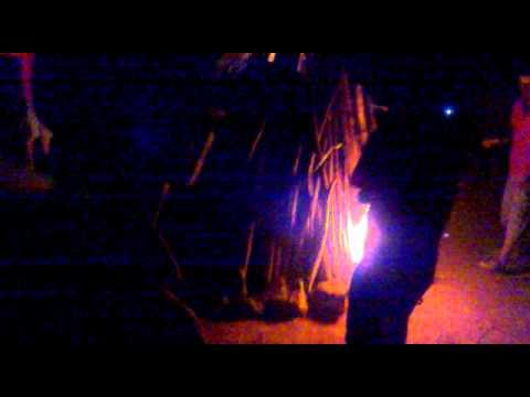 Thầy Luyện đốt lửa trại mở màn đêm lửa trại khoá 6 FU