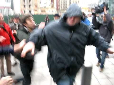 TAK fotograaf aangevallen tijdens SHAME