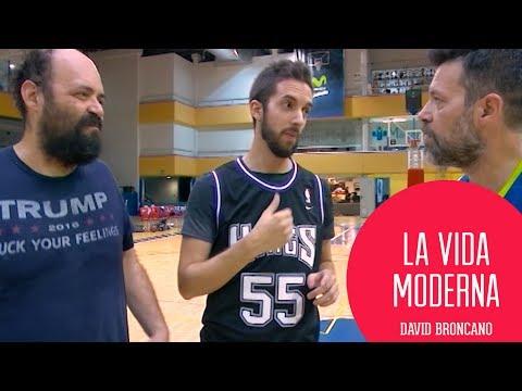 ¡The ball is lava! | Moderdonia VS Colgados del Aro #LaVidaModerna