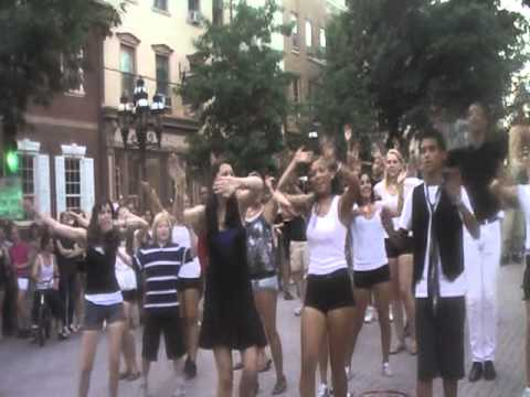 Flash Mob at Musikfest Aug. 8 2011