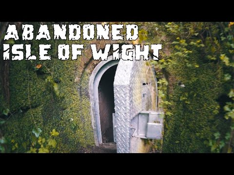 Secret Hidden Tunnel Exploration Shanklin Isle of Wight (Derelict places UK) Secret Underground Cave