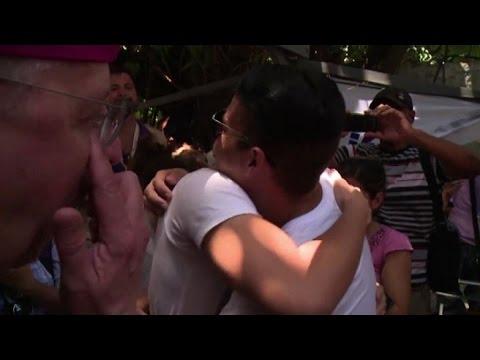 Matrimonio Simbolico A Cuba : Cuba matrimoni omosessuali simbolici per la lotta allomofobia
