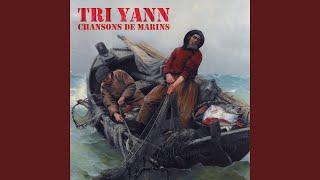 Y'a quatre marins (feat. Hugues Aufray)
