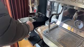 Máy pha cà phê Nuova Simonelli 2 group đẳng cấp từ châu âu