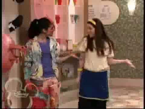 Wizards of Waverly Place - Crazy Funky Junky Hat scenes