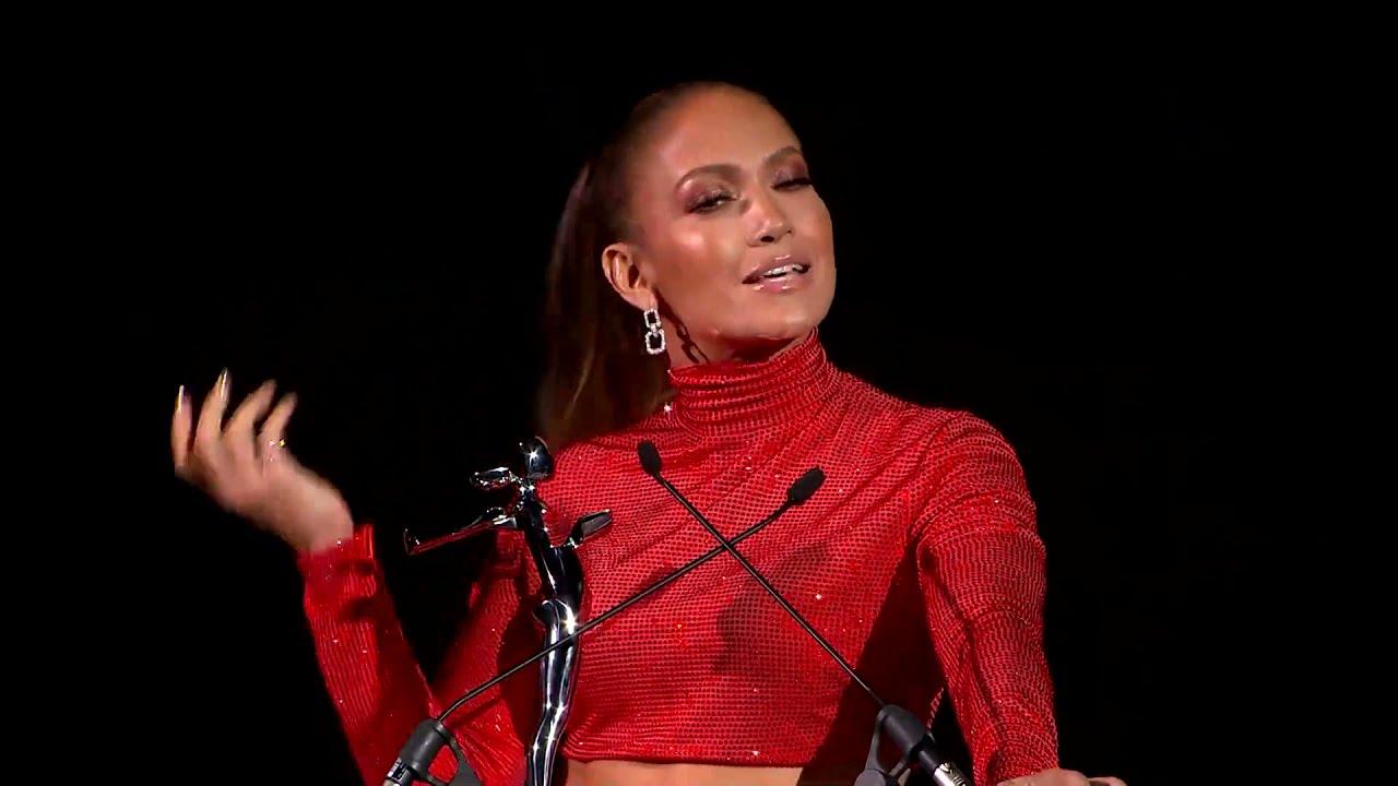 2019 CFDA Fashion Awards: Jennifer Lopez Receives Fashion Icon Award
