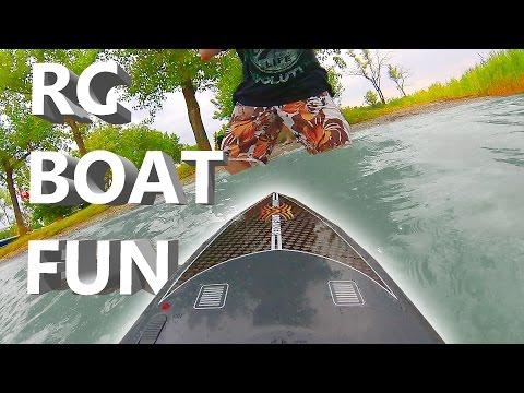 Summer splash - RC Boat Reely Wavebreaker - Tom's RC Adventures