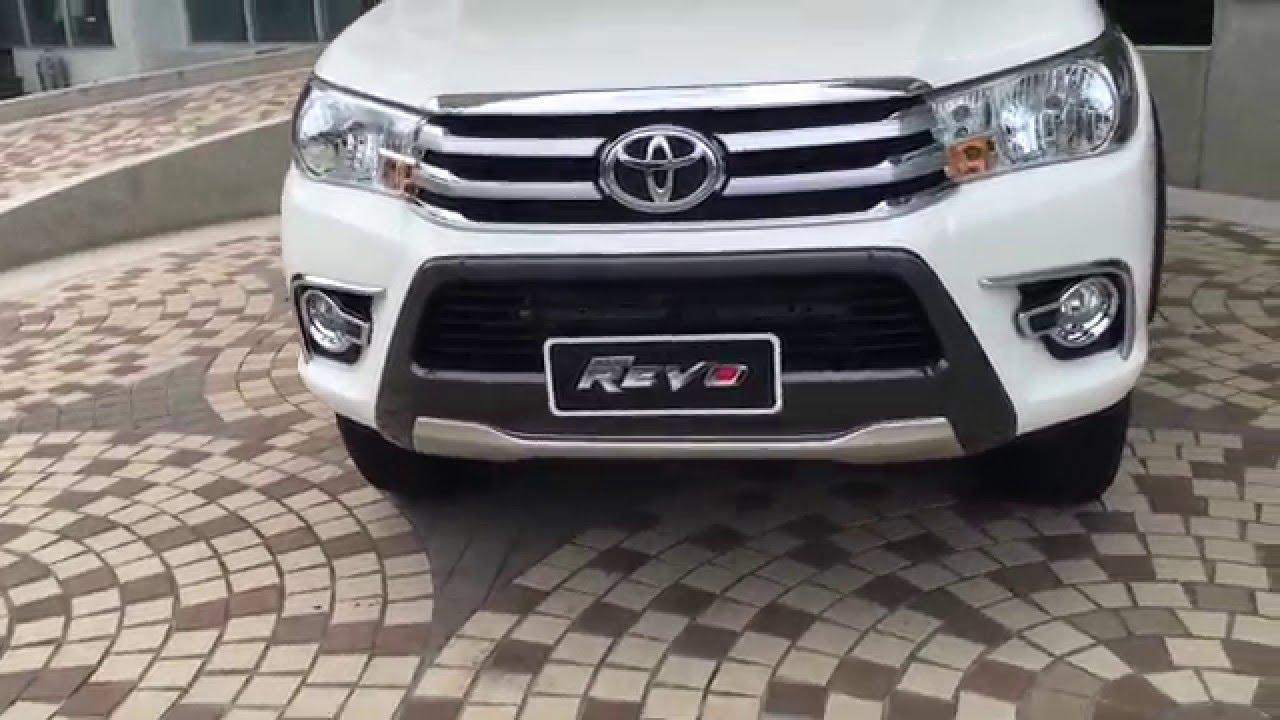 Toyota Hilux Revo 2015 2016 Vs Isuzu D Max 2015 2016 Youtube