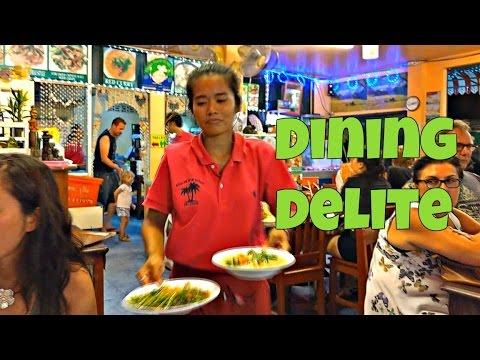 Dinner in Lamai, Thailand (Sri Nuan)