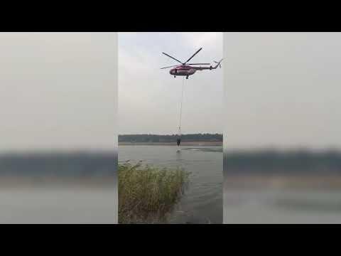 Робота авіації на місці гасіння лісових масивів на території Луганської області