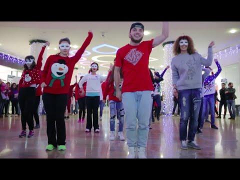 Flashmob in Park Bulvar, Baku