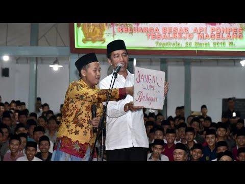 Pesan Santri ke Presiden Jokowi: Jangan Lupa Bahagia, Ojo Nesu
