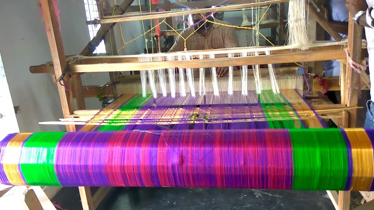 Village Hand Loom Saree Making | How To Make Designer Saree on Loom |  Weaving Handloom Saree