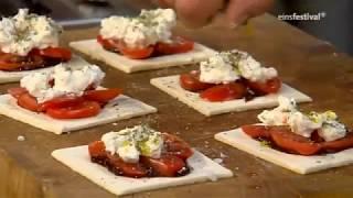 Tim Maelzer kocht:Dreierlei von der Tomate
