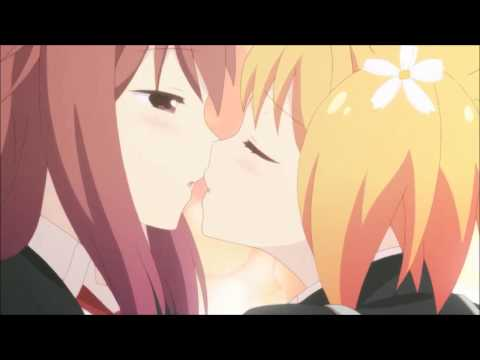 Sakura Trick - Kissing in the dresser booth