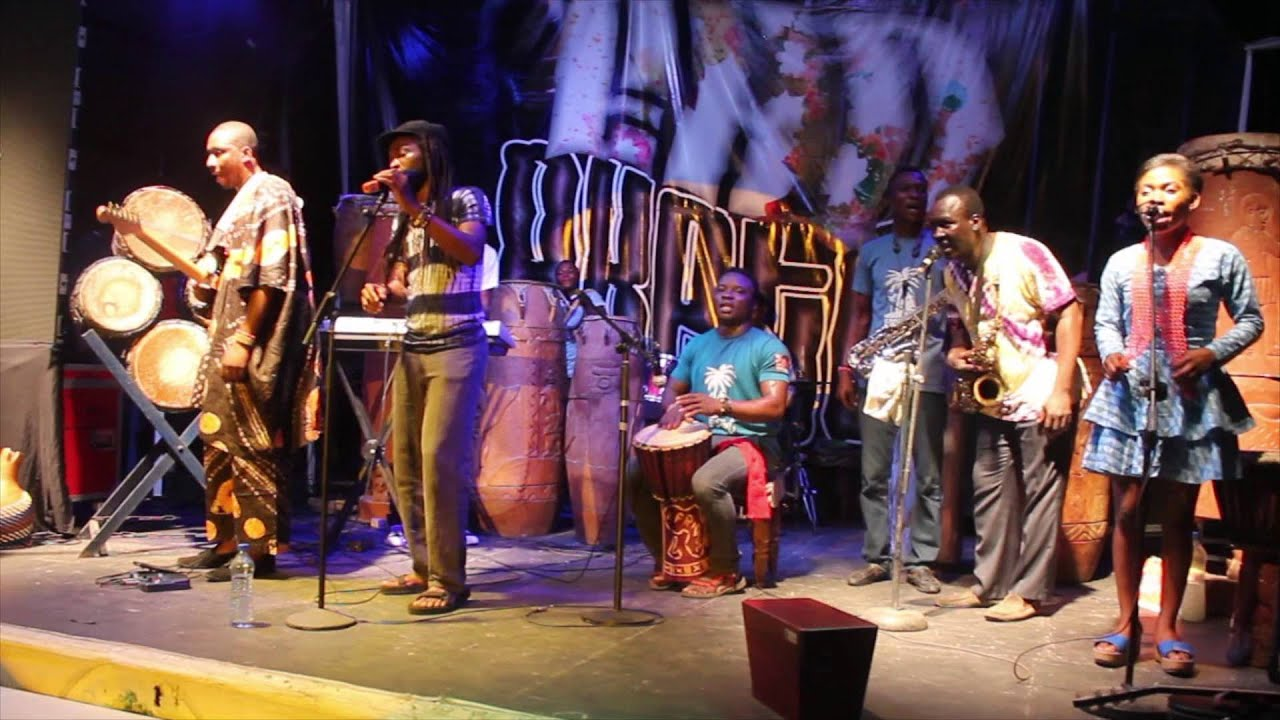 Download EMUfest 2015 - Beautiful Nubia and the Roots Renaissance Band