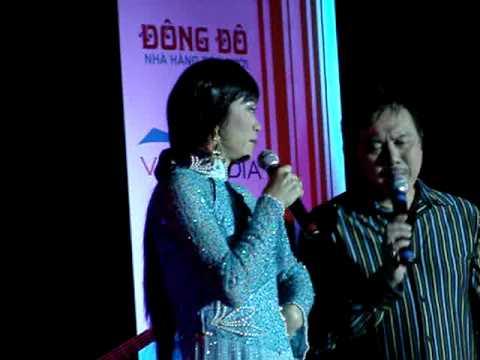 Hoai Linh & Chi Tai in Cz - 1