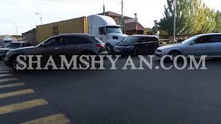 Երևանում բախվել են 35 ամյա վրացի վարորդի բեռնատարն ու 23 ամյա հայ վարորդի Honda ն