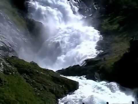 Kjosfossen - Waterfall between Flåm and Myrdal