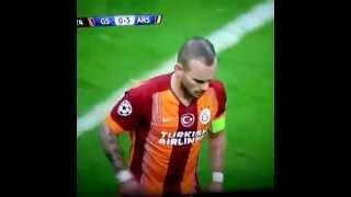 Wesley Sneijder'in şık frikik golü. Galatasaray-Arsenal 09.12.2014