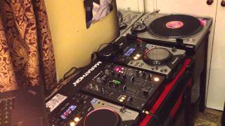 DJ MaidenV - Baddest DJ On One Turntable (90