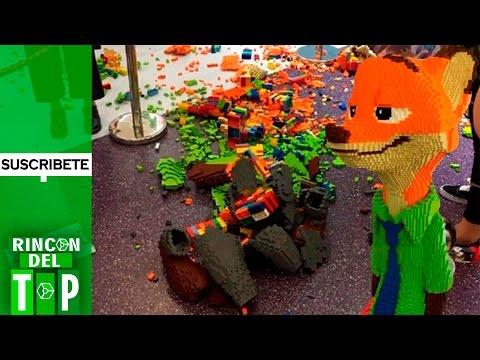Niño destruye escultura de LEGO valorizada en $15.000 Dolares