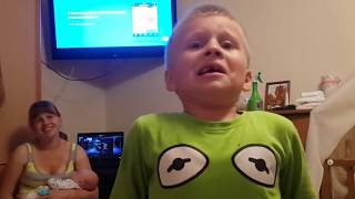 Как надо тянуть молочный зуб удалить зуб дома Смешное видео
