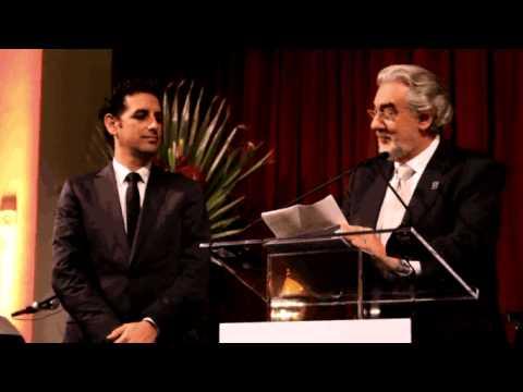 """JUAN DIEGO FLOREZ RECEIVES THE """"PLACIDO DOMINGO"""" 2009 AWARD-HLAO"""