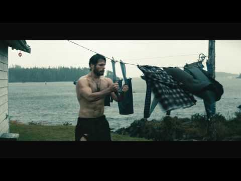 Man of Steel - Clark stealing clothes
