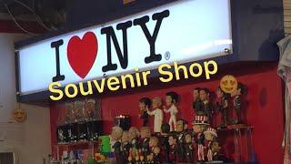 NYC souvenir shop/ souvenir shop in midtown Manhattan New York City // Price of Souvenir NYC