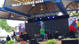 Download Video Apek BAND Battle of the BanD MP3 3GP MP4