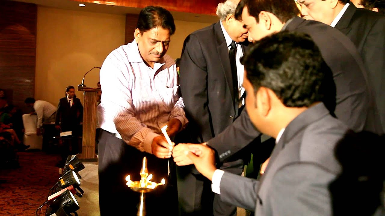 8th R.K Excellence National Award 2013! Light Lamping Ceremony 2