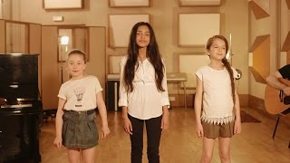 KIDS UNITED - J'ai Demandé A La Lune (Version acoustique) thumbnail