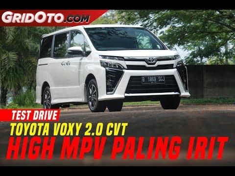 Toyota Voxy 2017 | Test Drive | GridOto